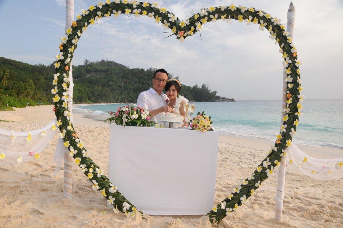 Seychellit Mahe-Praslin häämatka